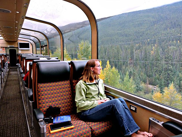 Safety and Precaution Tips While Travelling Via Train